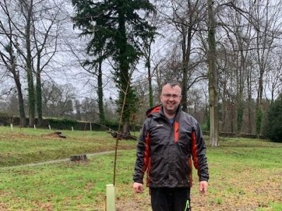 How to plant a tree hestercombe gardening tips claire greenslade IMG 4834