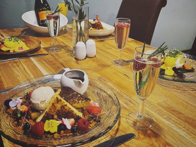 Weekend bottomless brunch at The Stables Hestercombe food